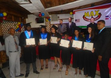 Graduación Max Teaching Center 1 de julio 2018